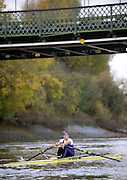London, United Kingdom. Jessica EDDIE,  approaching Hammersmith Bridge, 2009  Women's Wingfield Sculls, Raced over the Championship Course,  Putney to Mortlake, Thursday  05/11/2009 [Mandatory Credit Peter Spurrier/ Intersport Images]