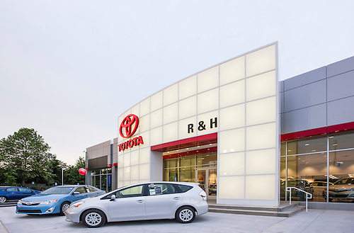 Nice Architectural Exterior Image Of Maryland Toyota Dealership R U0026 H In Owings  Mills.