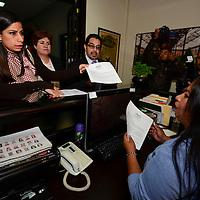 Toluca, México (Mayo 26, 2016).- Integrantes del Comité Regional de la Unión Nacional de Padres de Familia anunciaron la creación del Frente Nacional por la Familia (FNF) y se pronunciaran en contra de la reforma al Artículo Cuarto de la Constitución, que legalizaría el matrimonio civil entre personas del mismo sexo.  Agencia MVT / Crisanta Espinosa