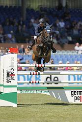 Wulschner, Holger, BSC Cavity<br /> Hamburg - Hamburger Derby<br /> Nationales Springen<br /> © www.sportfotos-lafrentz.de/ Stefan Lafrentz