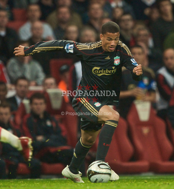 LONDON, ENGLAND - Wednesday, October 28, 2009: Liverpool's Nathan Eccleston in action against Arsenal during the League Cup 4th Round match at Emirates Stadium. (Photo by David Rawcliffe/Propaganda)