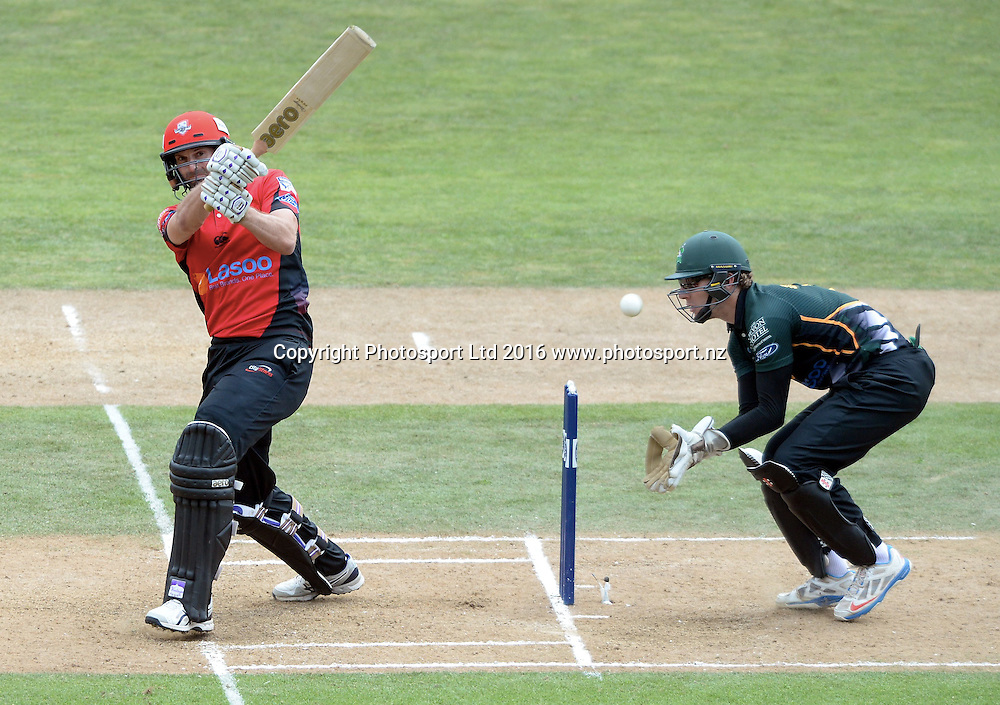 Canterbury's Andy Ellis bats in the Ford Trophy Final, Central Stags vs Canterbury, Pukekura Park, New Plymouth, January 30, 2016. Copyright photo: Kerry Marshall / www.photosport.nz