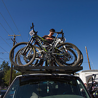 Cog Wild provided shuttle service to the start line.  © Brian Nelson