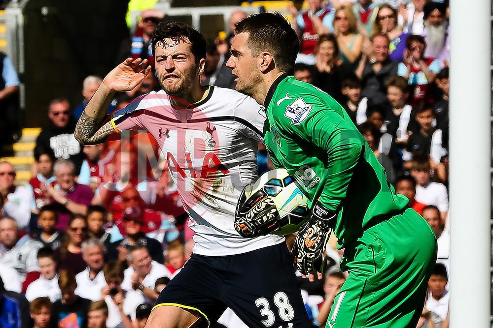 Tottenham Hotspur's Ryan Mason shouts to the linesman  - Photo mandatory by-line: Matt McNulty/JMP - Mobile: 07966 386802 - 05/04/2015 - SPORT - Football - Burnley - Turf Moor - Burnley v Tottenham Hotspur - Barclays Premier League