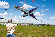 Celebrity flyer Mike Shaw from Bismark, North Kakota. Windscape Kite Festival, Swift Current, Saskatchewan.