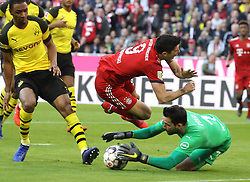 06.04.2019, Allianz Arena, Muenchen, GER, 1. FBL, FC Bayern Muenchen vs Borussia Dortmund, 28. Runde, im Bild Robert Lewandowski wird von Abdou Diallo gelegt, im Tor Roman Bürki // during the German Bundesliga 28th round match between FC Bayern Muenchen and Borussia Dortmund at the Allianz Arena in Muenchen, Germany on 2019/04/06. EXPA Pictures © 2019, PhotoCredit: EXPA/ SM<br /> <br /> *****ATTENTION - OUT of GER*****