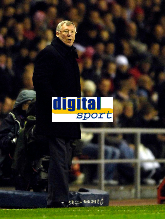 Photo: Jed Wee/Sportsbeat Images.<br /> Sunderland v Manchester United. The FA Barclays Premiership. 26/12/2007.<br /> <br /> Manchester United manager Sir Alex Ferguson appears on the touchline.
