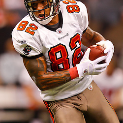 January 2, 2011; New Orleans, LA, USA; Tampa Bay Buccaneers tight end Kellen Winslow (82) during warm ups prior to kickoff of a game against the New Orleans Saints at the Louisiana Superdome. Mandatory Credit: Derick E. Hingle