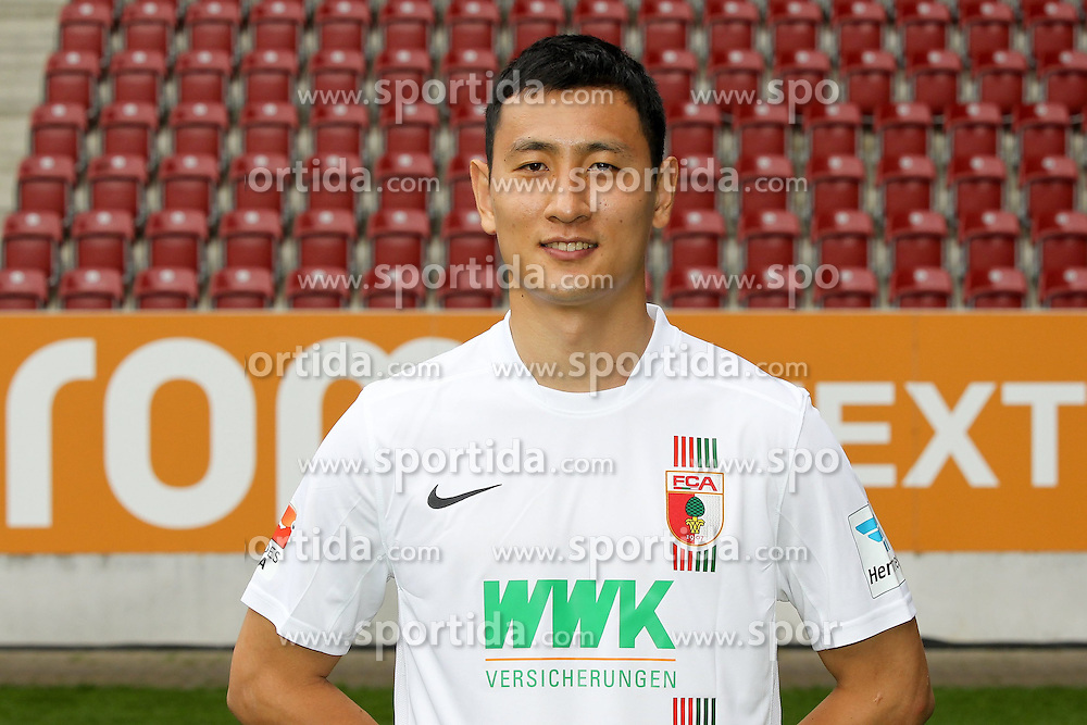 08.07.2015, WWK Arena, Augsburg, GER, 1. FBL, FC Augsburg, Fototermin, im Bild Dong Won Ji #24 (FC Augsburg) // during the official Team and Portrait Photoshoot of German Bundesliga Club FC Augsburg at the WWK Arena in Augsburg, Germany on 2015/07/08. EXPA Pictures &copy; 2015, PhotoCredit: EXPA/ Eibner-Pressefoto/ Kolbert<br /> <br /> *****ATTENTION - OUT of GER*****