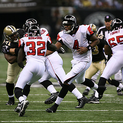 2007 October, 21: Falcons quarterback Byron Leftwich (4) hands off to Jerious Noorwood during a 22-16 win by the New Orleans Saints over the Atlanta Falcons at the Louisiana Superdome in New Orleans, LA.