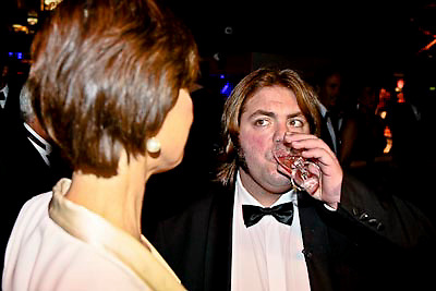 NLD/Amsterdam/20081211 - Miljonairfair 2008, Coco de Meyere word geinterviewd door jakhals Frank Evenblij