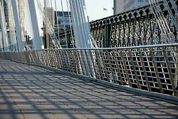 UK ENGLAND LONDON 25DEC05 - Empty Hungerford Bridge in central London during Christmas Day morning.. . jre/Photo by Jiri Rezac. . © Jiri Rezac 2005. . Contact: +44 (0) 7050 110 417. Mobile: +44 (0) 7801 337 683. Office: +44 (0) 20 8968 9635. . Email: jiri@jirirezac.com. Web: www.jirirezac.com. . © All images Jiri Rezac 2005 - All rights reserved.