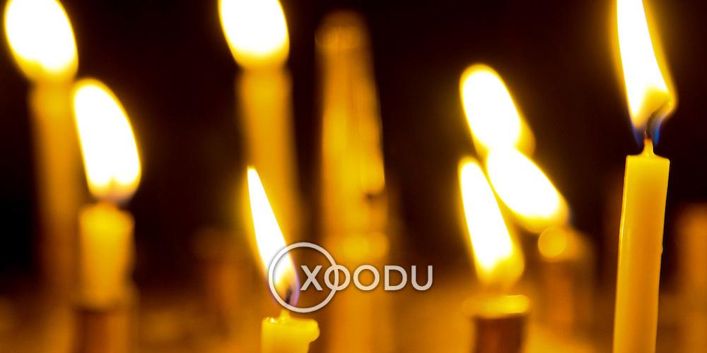 Religious prayer candles (Lviv (Lvov), Ukraine - Jul. 2008) (Image ID: 080731-1139351a)