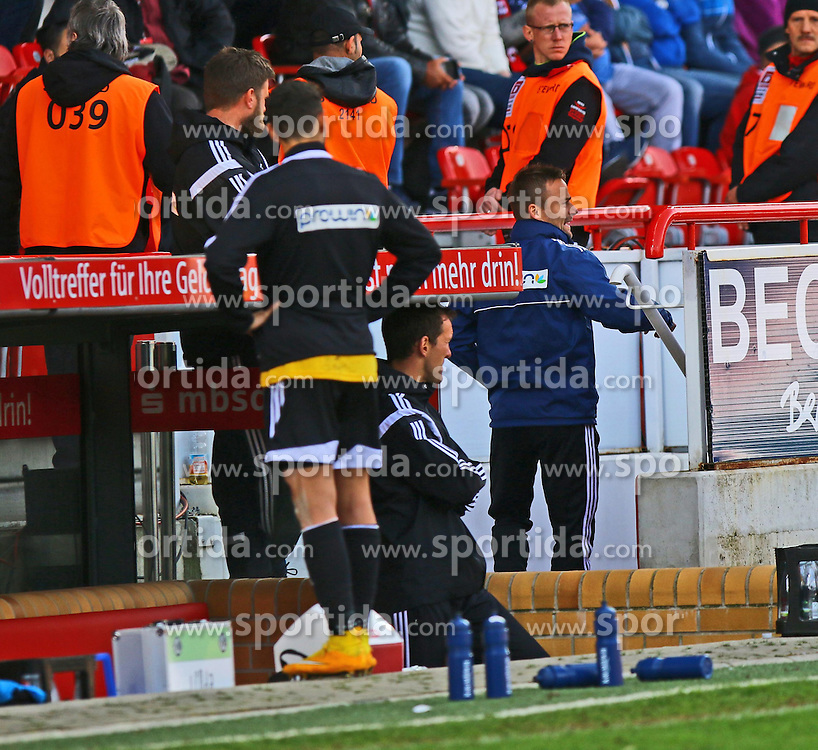 12.04.2015, Alte Foersterei, Berlin, GER, 2. FBL, 1. FC Union Berlin vs VfR Aalen, 28. Runde, im Bild Co-Trainer Michael Schiele muss vom Platz // SPO during the 2nd German Bundesliga 28th round match between 1. FC Union Berlin and VfR Aalen at the Alte Foersterei in Berlin, Germany on 2015/04/12. EXPA Pictures &copy; 2015, PhotoCredit: EXPA/ Eibner-Pressefoto/ Hundt<br /> <br /> *****ATTENTION - OUT of GER*****