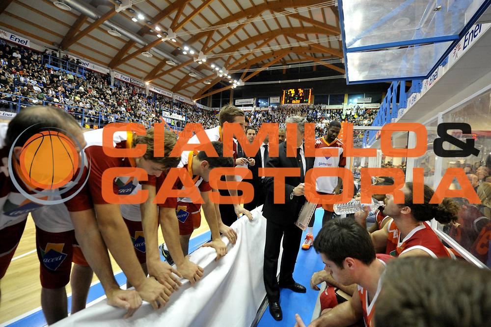 DESCRIZIONE : Brindisi Lega A 2012-13 Enel Brindisi Acea Roma<br /> GIOCATORE : Team<br /> CATEGORIA : Time-Out<br /> SQUADRA : Acea Roma<br /> EVENTO : Campionato Lega A 2012-2013 <br /> GARA : Enel Brindisi Acea Roma<br /> DATA : 30/12/2012<br /> SPORT : Pallacanestro <br /> AUTORE : Agenzia Ciamillo-Castoria/V.Tasco<br /> Galleria : Lega Basket A 2012-2013  <br /> Fotonotizia : Brindisi Lega A 2012-13 Enel Brindisi Acea Roma<br /> Predefinita :