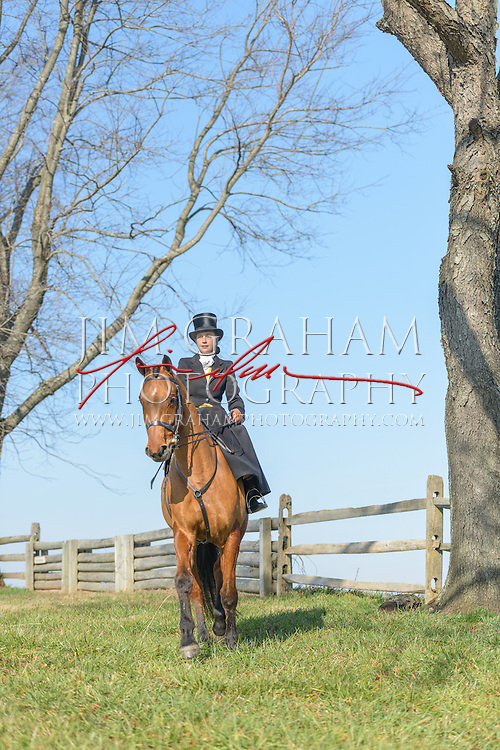 Amy Cattle Magee on the Averell Penn Smith Walker course. Photograph by Jim Graham