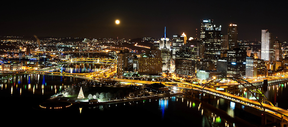 Full Moon over Pittsburgh