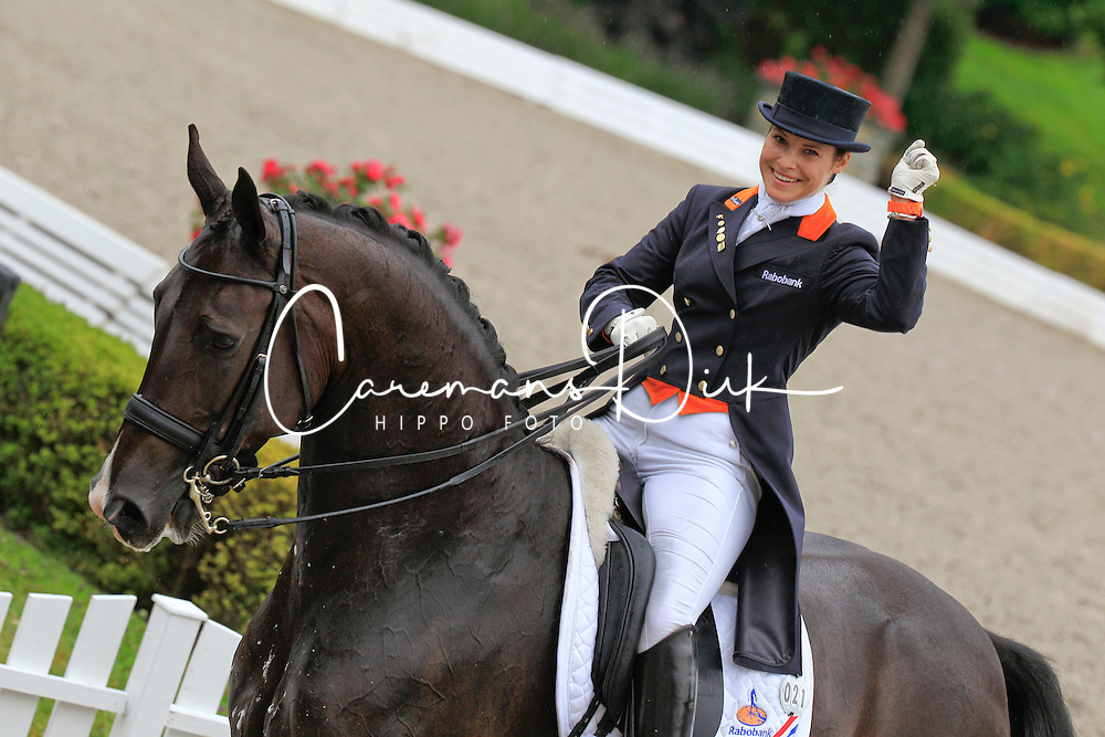 Van Mierlo Danielle (NED) - BMC Ucento<br /> European Championship Young Riders 2010<br /> &copy; Hippo Foto - Leanjo de Koster