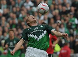 18.09.2010, Weserstadion, Bremen, GER, 1. FBL, Werder Bremen vs 1. FSV Mainz 05, im Bild Petri Pasanen (Bremen #3)   EXPA Pictures © 2010, PhotoCredit: EXPA/ nph/  Frisch+++++ ATTENTION - OUT OF GER +++++