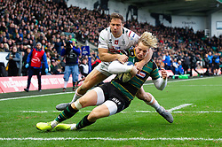 Harry Mallinder of Northampton Saints scores the first try of the match - Mandatory byline: Patrick Khachfe/JMP - 07966 386802 - 12/01/2020 - RUGBY UNION - Franklin's Gardens - Northampton, England - Northampton Saints v Benetton Rugby - Heineken Champions Cup