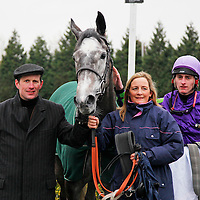 Silver Linnet and Adam Kirby with winning connections