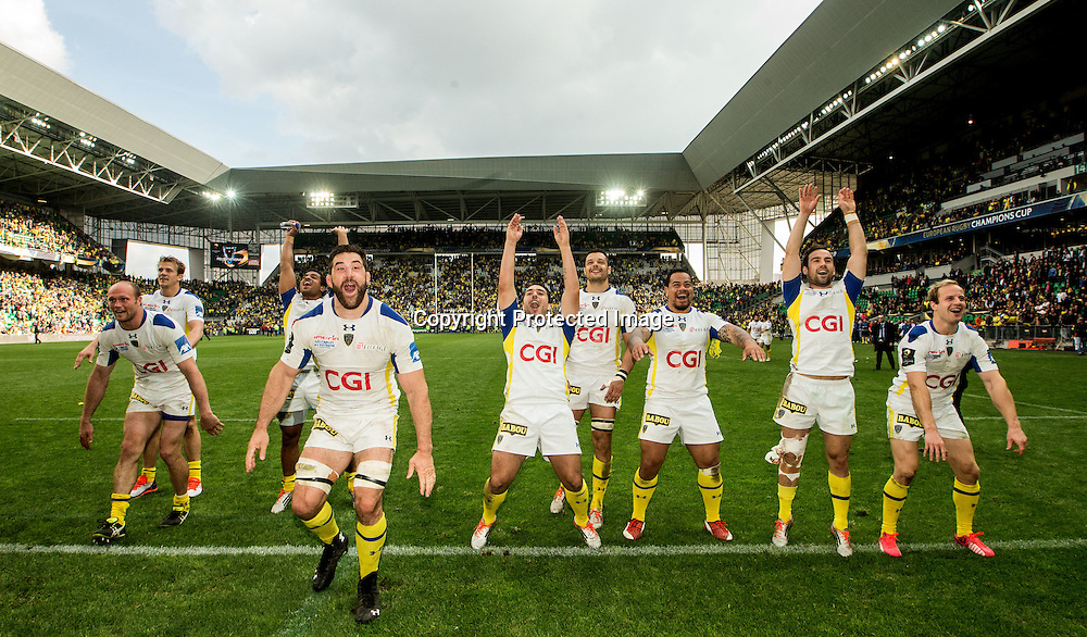 European Rugby Champions Cup Semi-Final, Stade Geoffroy-Guichard, Saint-Etienne, France 18/4/2015<br /> ASM Clermont Auvergne vs Saracens<br /> The Clermont team celebrate with fans<br /> Mandatory Credit &copy;INPHO/James Crombie