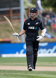 New Zealand's Kane Williamson acknowledges the crowd's applause after scoring 50 against Pakistan in the third one day cricket international at the University of Otago Oval, Dunedin, New Zealand, Saturday, January 13, 2018. Credit:SNPA / Adam Binns ** NO ARCHIVING**