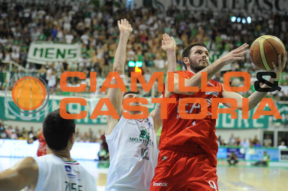DESCRIZIONE : Siena Lega A 2011-12 Montepaschi Siena EA7 Emporio Armani Milano Finale scudetto gara 5<br /> GIOCATORE : Antonis Fotsis<br /> CATEGORIA: tiro<br /> SQUADRA : EA7 Emporio Armani Milano<br /> EVENTO : Campionato Lega A 2011-2012 Finale scudetto gara 5<br /> GARA : Montepaschi Siena EA7 Emporio Armani Milano<br /> DATA : 17/06/2012<br /> SPORT : Pallacanestro <br /> AUTORE : Agenzia Ciamillo-Castoria/GiulioCiamillo<br /> Galleria : Lega Basket A 2011-2012  <br /> Fotonotizia : Siena Lega A 2011-12 Montepaschi Siena EA7 Emporio Armani Milano Finale scudetto gara 5<br /> Predefinita :