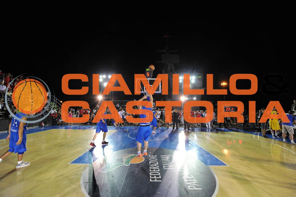 DESCRIZIONE : Taranto Basket On Board sulla portaerei Cavour  Nazionale Italia Under 18 Maschile Svezia <br /> GIOCATORE : team portaerei<br /> CATEGORIA : panoramica <br /> SQUADRA : Nazionale Italia Under 18<br /> EVENTO :  Basket On Board sulla portaerei Cavour<br /> GARA : Nazionale Italia Under 18 Maschile Svezia <br /> DATA : 12/07/2012 <br />  SPORT : Pallacanestro<br />  AUTORE : Agenzia Ciamillo-Castoria/GiulioCiamillo<br />  Galleria : FIP Nazionali 2012<br />  Fotonotizia : Taranto Basket On Board sulla portaerei Cavour  Nazionale Italia Under 18 Maschile Svezia <br />  Predefinita :