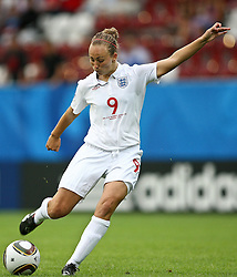 17.07.2010,  Augsburg, GER, FIFA U20 Womens Worldcup, England vs Mexico,  im Bild Toni Duggan (England Nr.9)  , EXPA Pictures © 2010, PhotoCredit: EXPA/ nph/ . Straubmeier+++++ ATTENTION - OUT OF GER +++++