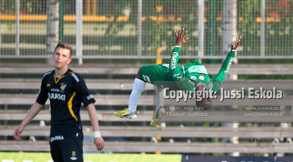 Dever Orgill juhlii 1-2-voittomaalia. Honka - IFK Mariehamn. MIFK. Suomen Cup. Espoo, 20.5.2013. Photo: Jussi Eskola