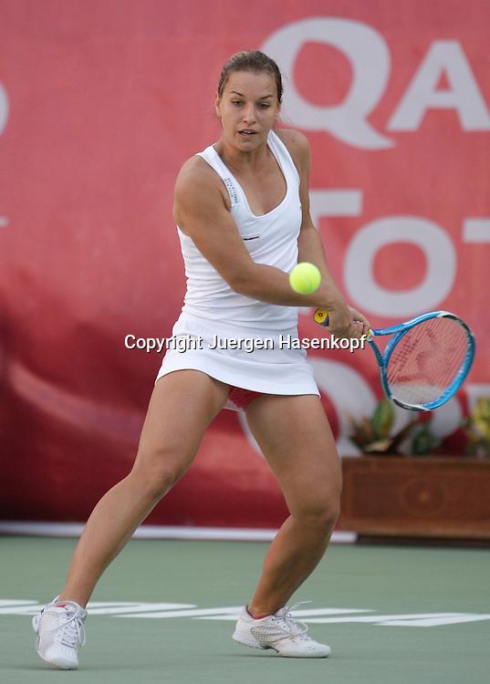 Qatar Total Open 2008, WTA Tour, Damen Tennis Turnier in Doha, Dominika Cibulkova (SVK),..Foto: Juergen Hasenkopf