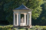 Tempel, Schlosspark Tiefurt, Weimar, Thüringen, Deutschland   temple, castle park Tiefurt, Weimar, Thuringia, Germany