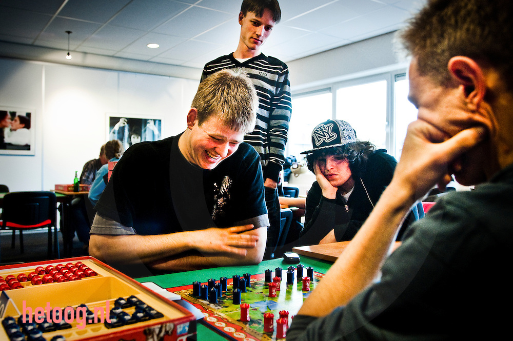 hetOOG Waar: DGT Hengelosestraat Enschede Wat: Open Overijssels Kampioenschap Stratego Wanneer: zaterdag 27 februari 2010 16:59 uur