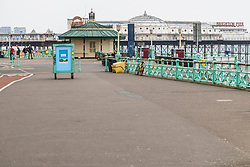 © Licensed to London News Pictures.18/04/2020. Brighton, UK. A nearly empty beach and promenade in Brighton and Hove as the UK starts another weekend under the Coronavirus lockdown. Photo credit: Hugo Michiels/LNP