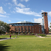 Stratford's Royal Shakespeare Theatre, Stratford-upon-Avon, a market town and civil parish in south Warwickshire, England. It lies on the River Avon. The town is a popular tourist destination owing to its status as birthplace of the playwright and poet William Shakespeare, receiving about 3 million visitors a year. The Royal Shakespeare Company resides in Stratford's Royal Shakespeare Theatre. Photo Tim Clayton