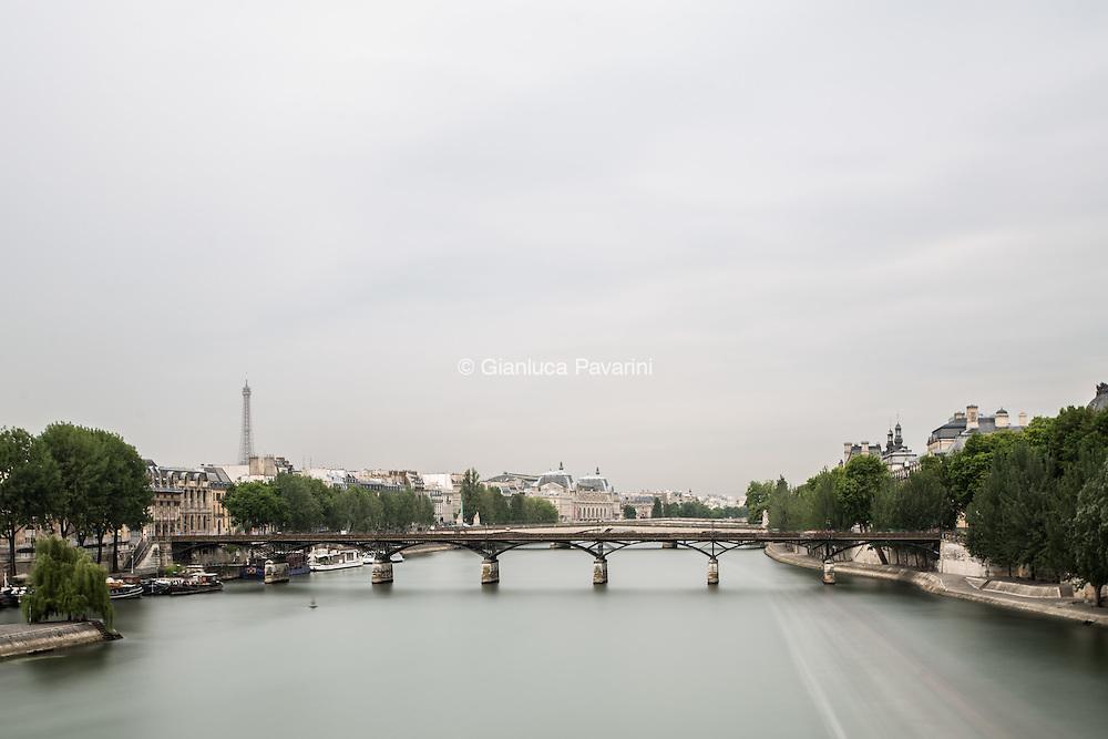 Paris landscapes, long exposure Seine, ponts des Arts