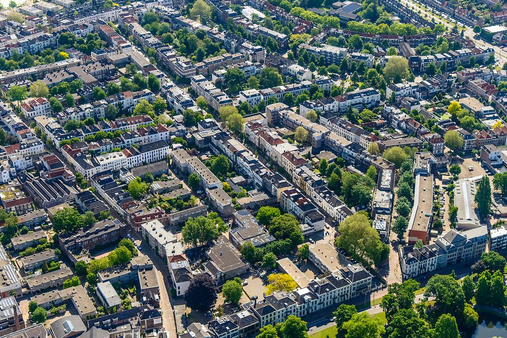 Nederland, Gelderland, Arnhem, 29-05-2019; zicht op het Spijkerkwartier (ook wel Spijkerbuurt) met Musispark in de voorgrond. Woonwijk, in het verleden deels achterstandswijk en hoerenbuurt.<br /> View of the Spijker quarter  (Spijker neighbourhood) buurt), centre Arnhem.<br /> <br /> luchtfoto (toeslag op standard tarieven);<br /> aerial photo (additional fee required);<br /> copyright foto/photo Siebe Swart