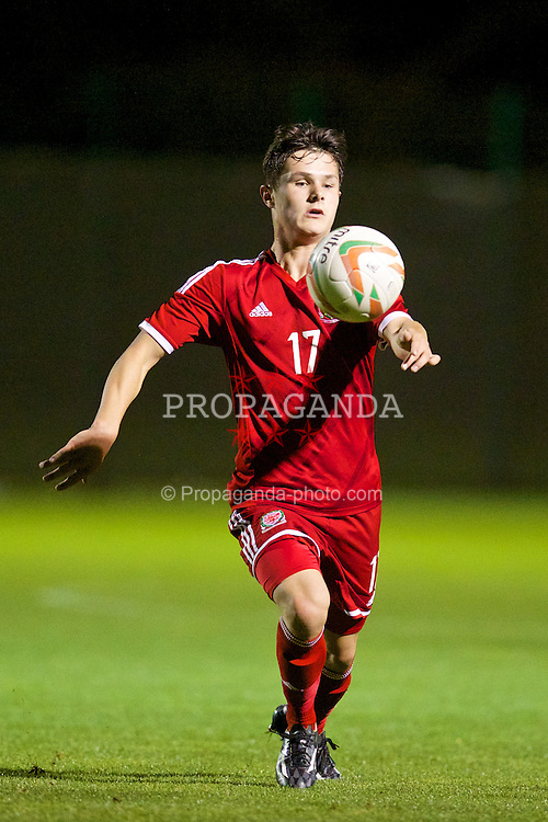 NEWPORT, WALES - Thursday, September 25, 2014: Wales' Liam Cullen in action against France during the Under-16's International Friendly match at Dragon Park. (Pic by David Rawcliffe/Propaganda)