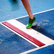 NLD/Apeldoorn/20180217 - NK Indoor Athletiek 2018, verspringen dames, voet op de treeplank