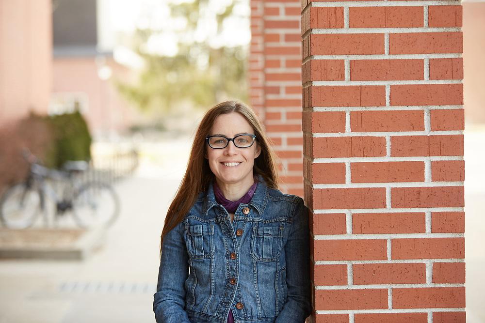 -UWL UW-L UW-La Crosse University of Wisconsin-La Crosse; Portrait Amy Tishcler EPC Teaching Excellence Award