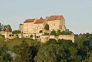 Burg zu Burghausen, Burghausen,, Bayern, Deutschland.. | ..Burghausen Castle, Bavaria, Germany