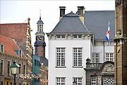 Nederland, Zutphen, 3-12-2014De opleiding tot rechter is vetrokken uit Zutphen. Dit is een gevoelige klap voor de lokale economie. Het goede nieuws is dat in het grote pand door de gemeente twee musea gehuisvest gaan worden. Zicht op het historische centrum met de toren van de Waag.FOTO: FLIP FRANSSEN/ HOLLANDSE HOOGTE