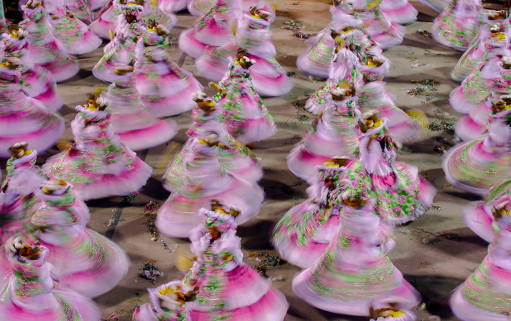 RIO DE JANEIRO, Brazil - 07/03/2011, 01h04:  Samba dancers in Rio de Janeiro's 2011 Carnival, at Marquês de Sapucaí avenue.  (photo: Caio Guatelli)