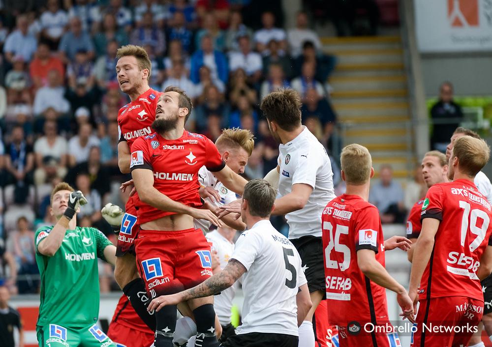 ÖREBRO, SWEDEN - MAY 22: Emir Kujovic of IFK Norrköping in corner kick during the allsvenskan match between Örebro SK and IFK Norrköping at Behrn Arena on May 22, 2016 in Örebro, Sweden. Foto: Pavel Koubek/Ombrello