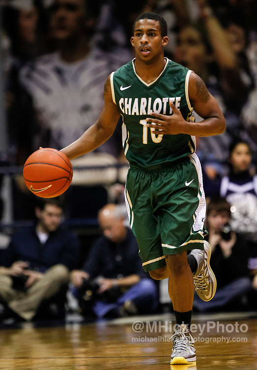 INDIANAPOLIS, IN - FEBRUARY 13: Denzel Ingram #10 of the Charlotte 49ers dribbles the ball up court during the game against the Butler Bulldogs at Hinkle Fieldhouse on February 13, 2013 in Indianapolis, Indiana. Charlotte defeated Butler 71-67. (Photo by Michael Hickey/Getty Images) *** Local Caption *** Denzel Ingram