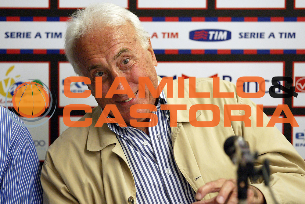 DESCRIZIONE : Varese Lega A1 2006-07 Whirlpool Varese Tisettanta Cantu<br /> GIOCATORE : Gamba<br /> SQUADRA : <br /> EVENTO : Campionato Lega A1 2006-2007 <br /> GARA : Whirlpool Varese Tisettanta Cantu<br /> DATA : 28/04/2007 <br /> CATEGORIA : Ritratto<br /> SPORT : Pallacanestro <br /> AUTORE : Agenzia Ciamillo-Castoria/G.Cottini