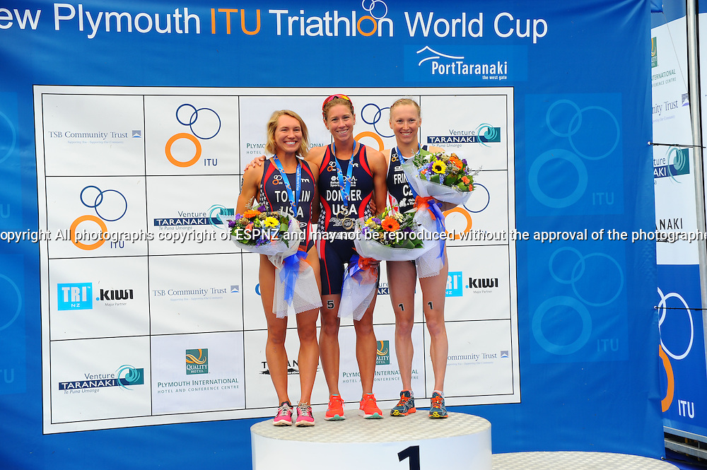 Place getters Renee Tomlin 2nd and Vendula Fritova 3rd with winner Kaitlin Donner 2015 New Plymouth ITU Triathlon World Cup held at Ngamotu beach New Plymouth Sunday 22nd March.<br /> Photo John Velvin ESPNZ<br /> www.elitesportsphotographynz.com