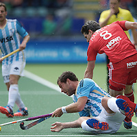 DEN HAAG - Rabobank Hockey World Cup<br /> 37 Argentina - England<br /> Foto: <br /> COPYRIGHT FRANK UIJLENBROEK FFU PRESS AGENCY