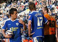 Photo: Steve Bond/Richard Lane Photography. <br />Leicester City v Hull City. Coca Cola Championship. 21/03/2008. Lee Hendrie (L) accuses Henrik Pederson, (R) of time wasting. Richard Stearman (C) looks on